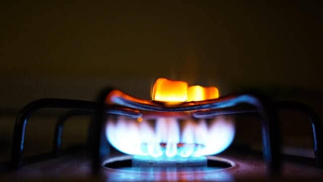 Lower Gas Bill In An Apartment: Real Strategies That Work