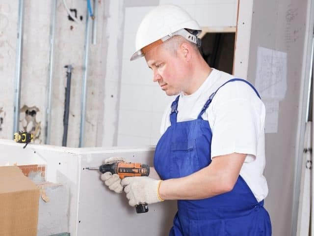 Drywall screws: how far apart should they be spaced?