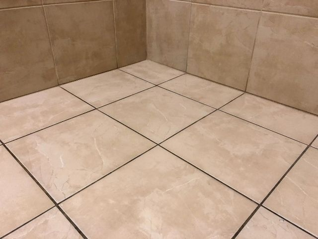 Installing wall tile on floors: what you need to know.