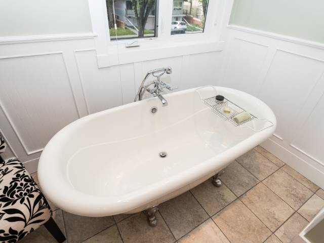 Is an overflow drain required for a bathtub?