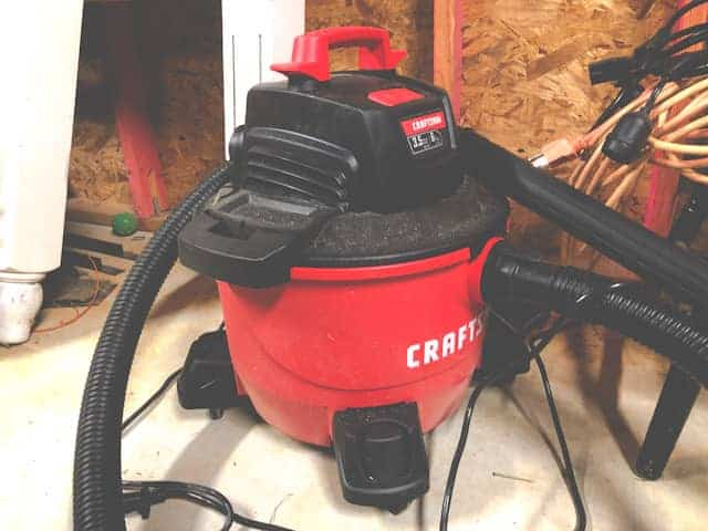 Shop vac blowing stuff out the back (how to troubleshoot).