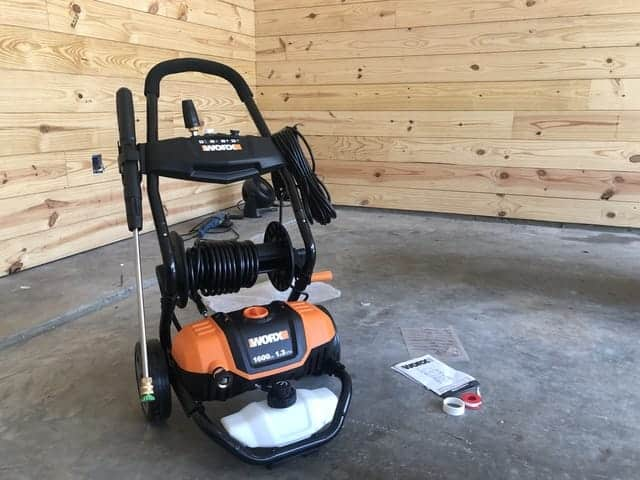 How to choose a pressure washer.
