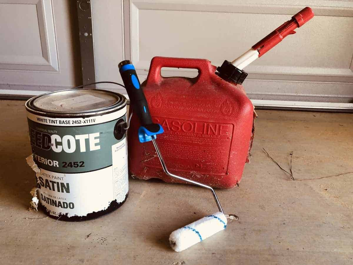 Using gas as a paint thinner: what you need to do.